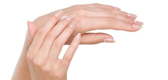 巻き爪とオロナイン