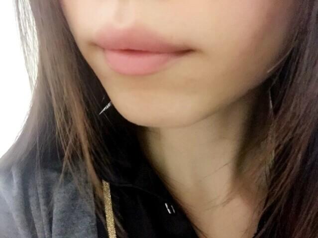 ワセリン唇
