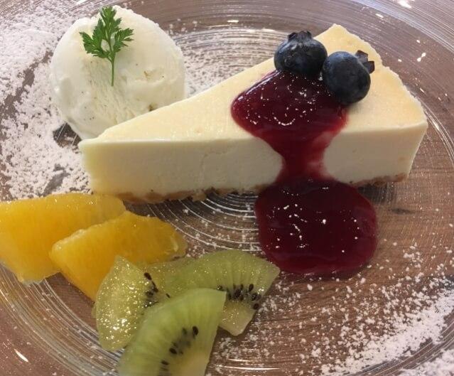 白ワイン レアチーズケーキ
