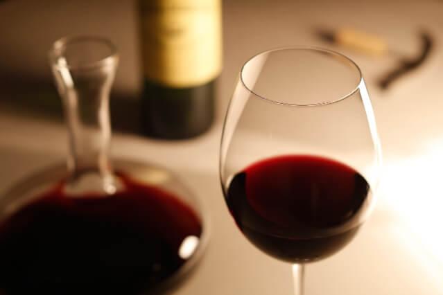 赤ワイン おつまみ 組み合わせ
