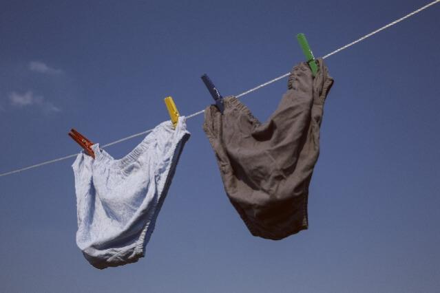 海外文化 洗濯物 下着