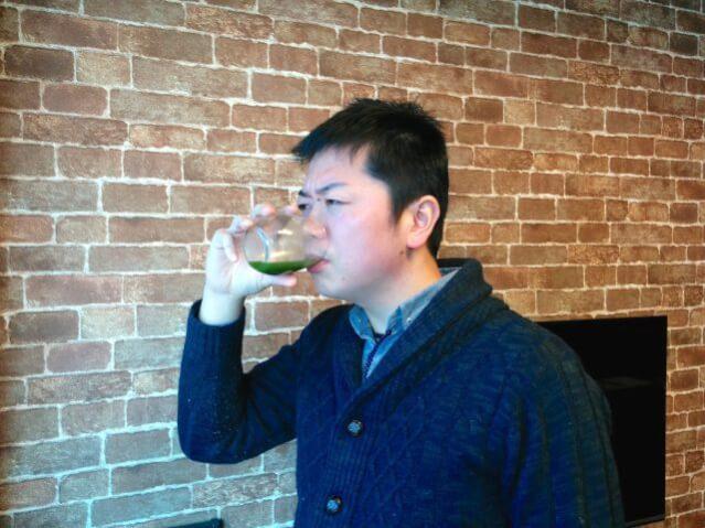 ファンケル 青汁 飲む 高島さん