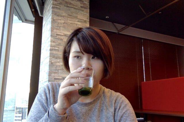 ファンケル 青汁 飲む