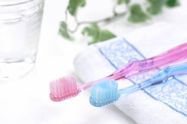 歯磨き粉 研磨剤 歯ブラシ選び方