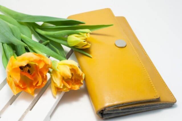 ペアリング 人気ブランド 財布